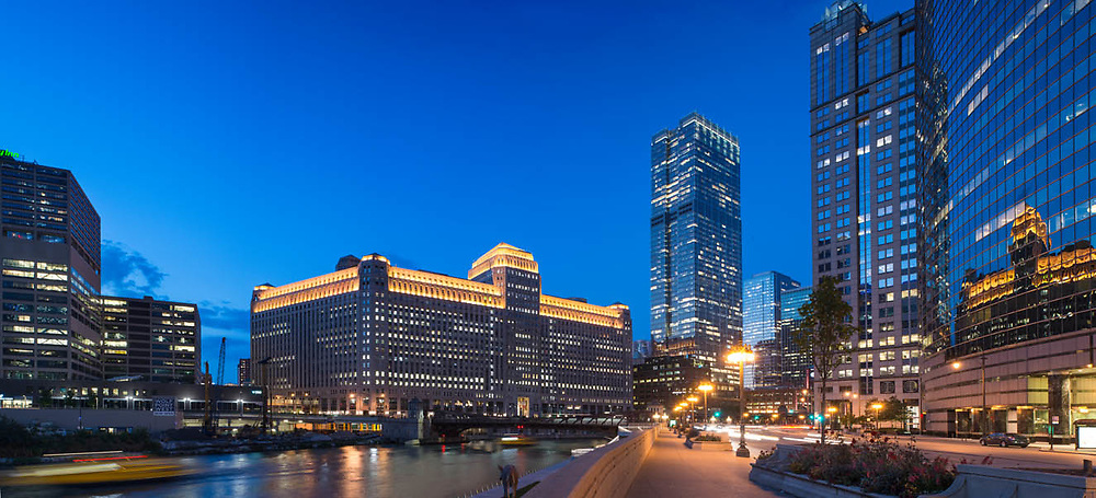 Chicago's new RiverWalk area between Wacker and LaSalle. During the evening of 8-9-17. Accompanied by photographer Bob Segal. Exterior Architectural Photography. Buildings, locations, architecture. Chicago, Illinois, built landscape,