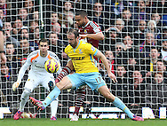 West Ham's Winston Reid gets caught by Crystal Palace's Glenn Murray who gets sent off<br /> <br /> Barclays Premier League - West Ham United  vs Crystal Palace  - Upton Park - England - 28th February 2015 - Picture David Klein/Sportimage
