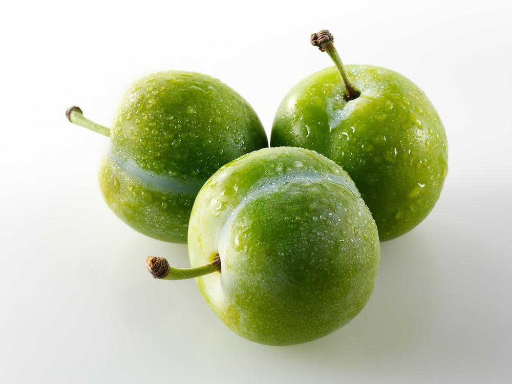 Fresh Greengage plums