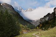 Alpengipfel mit Wolkenstimmung
