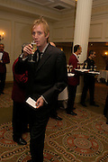 Rhys Ifans. South Bank Show Awards, The Savoy Hotel. London. 27 January 2005. ONE TIME USE ONLY - DO NOT ARCHIVE  © Copyright Photograph by Dafydd Jones 66 Stockwell Park Rd. London SW9 0DA Tel 020 7733 0108 www.dafjones.com