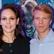 NLD/Den Haag/20190305 - Inloop premiere Art, Igone de Jongh en Marijn Rademaker