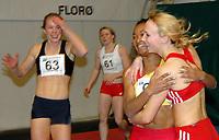 Friidrett<br /> Norway Indoor Florø<br /> 24. februar 2007<br /> Ezinne Okparaebo har nett sletta Ingvild Larsen sin norske rekord på 60 m innandørs (7,39).  Ny rekord lyd på 7,36. Vert gratulert av Siri Eritsland. T.v. Anne Cathr. Bakken. Bak Emma Bailey (ENG).