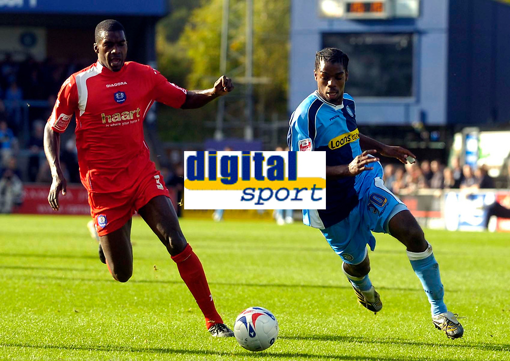 Photo: Alan Crowhurst.<br />Wycombe Wanderers v Peterborough United. Coca Cola League 2. 21/10/2006. Wycombe's Anthony Grant (R) on the attack.