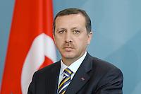02 SEP 2003, BERLIN/GERMANY:<br /> Recep Tayyip Erdogan, Ministerpraesident Tuerkei, waehrend einer Pressekonferenz, Bundeskanzleramt<br /> IMAGE: 20030902-01-012<br /> KEYWORDS: Türkei, Ministerpräsident