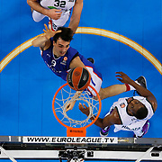 Anadolu Efes's Dario Saric (C) during their Turkish Airlines Euroleague Basketball Top 16 Round 2 match Anadolu Efes between Unicaja Malaga at Abdi ipekci arena in Istanbul, Turkey, Friday January 09, 2015. Photo by Aykut AKICI/TURKPIX