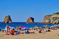 France, Pyrénées-Atlantiques (64), Pays Basque, Hendaye, la plage des Deux-Jumeaux // France, Pyrénées-Atlantiques (64), Basque Country, Hendaye, the Deux-Jumeaux beach