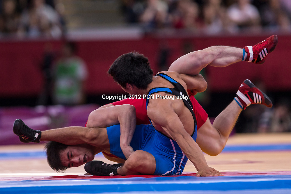 Daulet Niyazbekov (KAZ) -B- vs Kyong Il Yang (PKR) in Men's 55kg Freestyle Wrestling at t he Olympic Summer Games, London 2012
