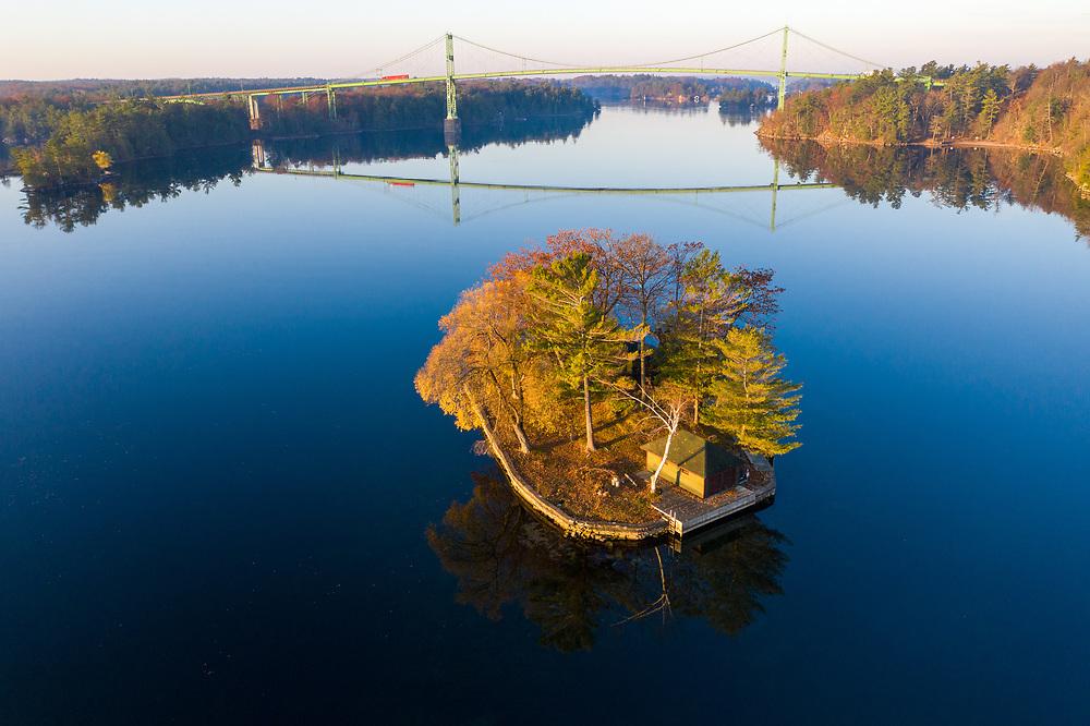 https://Duncan.co/small-island-and-bridge