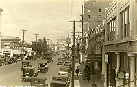 1924 Looking east on Hollywood Blvd. from Highland Ave.