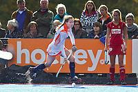 ARNHEM - Eva de Goede, woensdag bij de hockey-oefeninterland tussen de dames van Nederland en Belgie (3-1)  op het nieuwe blauwe kunstgras van HC Upward in Arnhem. Foto Koen Suyk