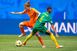 15-06-2019 FRA: Netherlands - Cameroon, Valenciennes<br /> FIFA Women's World Cup France group E match between Netherlands and Cameroon at Stade du Hainaut / Vivianne Miedema #9 of the Netherlands, Estelle Johnson #6 of Cameroon