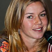 NLD/Amsterdam/20100310 - Presentatie van de 4de editie van het blad Helden, Anouk Hoogendijk