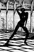 Strong stance with shadows and grid - One Woman Show
