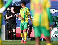Football - 2020 /2021 Premier League - Crystal Palace vs West Bromwich Albion - Selhurst Park<br /> <br /> Referee Simnon Hoopeer gives a penalty after consulting the monitor aftere a handball by Darnell Furlong of West Bromwich Albion