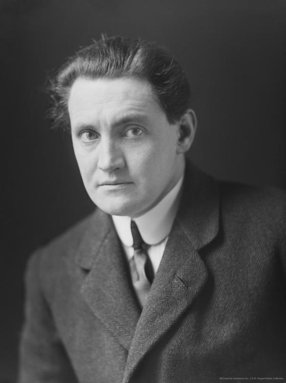 Henry Ainley, Shakespearean actor, 1912