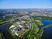 Nederland, Noord-Holland, Gemeente Amsterdam; 02-09-2020; Watergraafsmeer, overzicht Amsterdam Science Park met in de voorgrond de hoogbouw van AM4 het nieuwste Equinix Data Centre. Het Park huisvest verder onder andere Amsterdam University College, de Beta wetenschappen, Life Science en IT.<br /> Science Park in East of Amsterdam, Equinix Data Centre, University of Amsterdam Faculty of Science, the Amsterdam University College, IT, Life Sciences, advanced technology, and sustainability,<br /> <br /> luchtfoto (toeslag op standaard tarieven);<br /> aerial photo (additional fee required)<br /> copyright © 2020 foto/photo Siebe Swart
