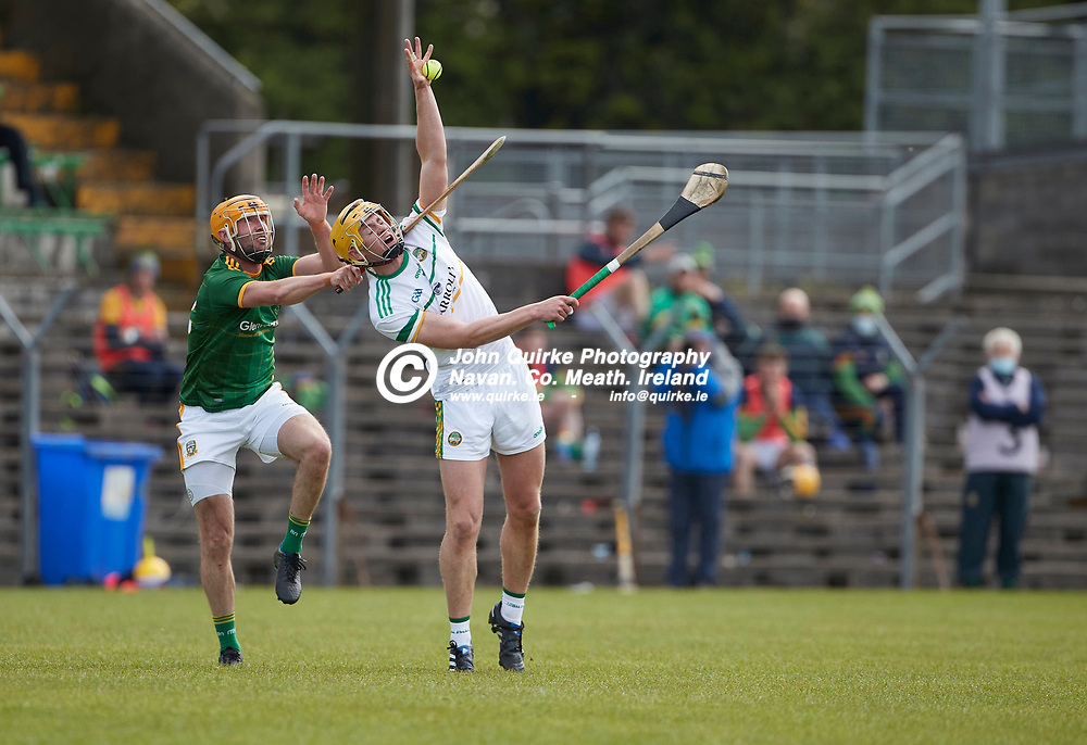 21-05-09, Allianz Hurling League, Division 2B, Round 1 at Pairc Tailteann, Navan<br /> Meath v Offaly<br /> Alan Douglas (Meath) & Killian Sampson (Offaly)<br /> Photo: David Mullen / www.quirke.ie ©John Quirke Photography, Proudstown Road Navan. Co. Meath. 046-9079044 / 087-2579454.<br /> ISO: 400; Shutter: 1/1250; Aperture: 5;
