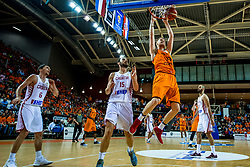 24-11-2017 NED: WC qualification Netherlands - Croatia, Almere<br /> First Round - Group D at the arena Topsportcentrum / Miro Bilan #15 of Croatia, Roeland Schaftenaar #13 of Netherlands