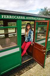 Turistas no passeio turístico do Trem do Fim do Mundo - Ushuaia,  Patagônia. FOTO: Jefferson Bernardes/ Agência Preview