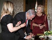 Koningin Beatrix ontvangt minister-president Netanyahu van Israel op audientie in paleis Huis ten Bosch.<br /> <br /> Queen Beatrix receives Prime Minister Netanyahu of Israel in for a  audience at palace Huis ten Bosch .