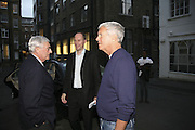 LARRY GAGOSIAN, HARRY BLAIN AND ELI BROAD, James Rosenquist private view. Haunch of Venison. London. 10 October 2006. -DO NOT ARCHIVE-© Copyright Photograph by Dafydd Jones 66 Stockwell Park Rd. London SW9 0DA Tel 020 7733 0108 www.dafjones.com