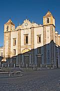 santo antao church praca do giraldo square evora alentejo portugal
