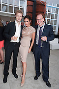 SIMON CABLE; VICTORIA BECKHAM; BEN TODD;, Alexandra Shulman, Editor of Vogue & Phil Popham, Managing Director of Land Rover<br /> host the 40th Anniversary of Range Rover. The Orangery at Kensington Palace. London. 1 July 2010. -DO NOT ARCHIVE-© Copyright Photograph by Dafydd Jones. 248 Clapham Rd. London SW9 0PZ. Tel 0207 820 0771. www.dafjones.com.