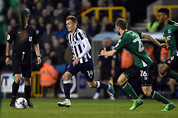 Jed Wallace of Millwall in possession - Mandatory by-line: Patrick Khachfe/JMP - 04/05/2017 - FOOTBALL - The Den - London, England - Millwall v Scunthorpe United - Sky Bet League One