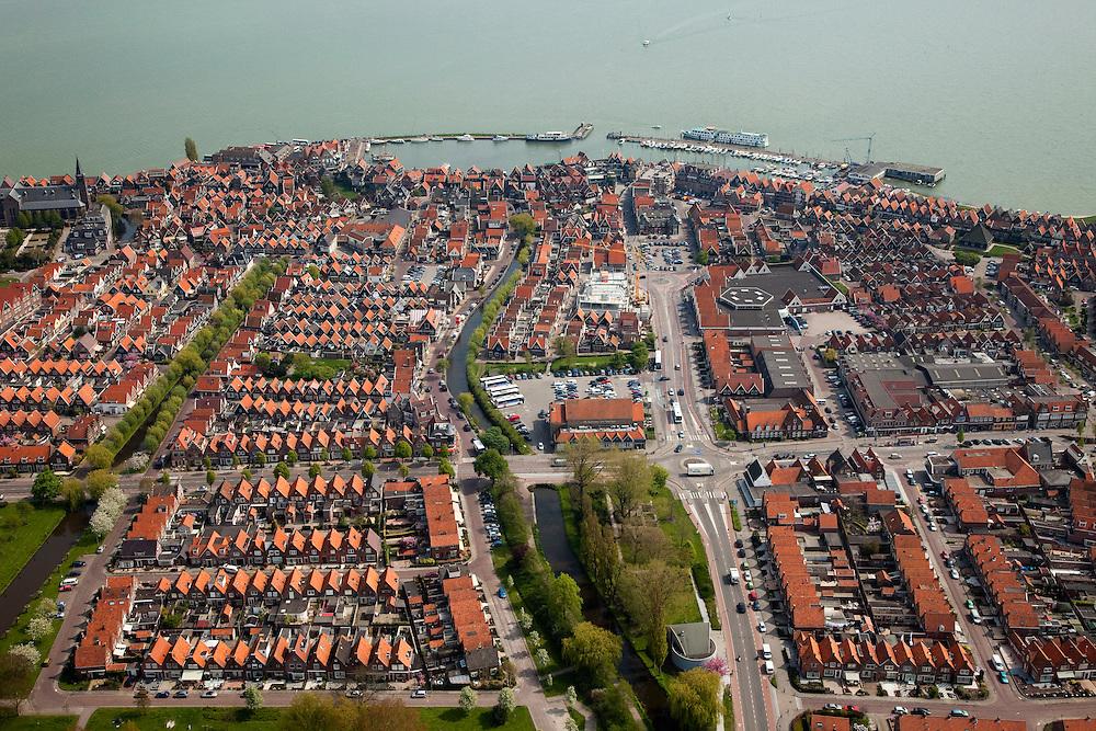 Nederland, Noord-Holland, Waterland, 28-04-2010; Centrum van Volendam, gezien naar de Haven.luchtfoto (toeslag), aerial photo (additional fee required).foto/photo Siebe Swart