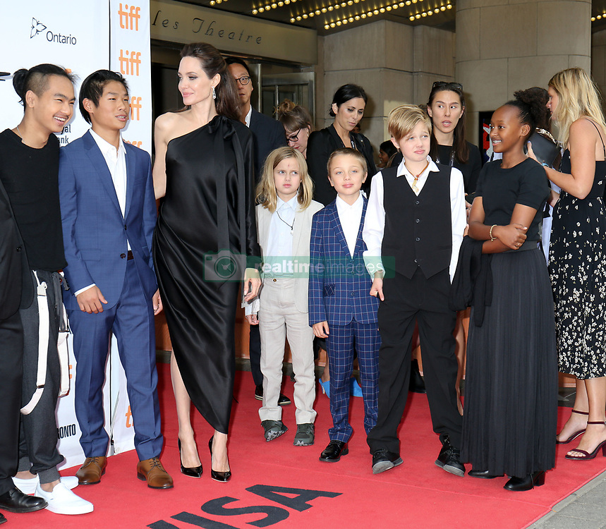 September 12, 2017 - Toronto, Canada - ANGELINA JOLIE WITH HER CHILDREN MADDOX, PAX, VIVIENNE, KNOX, SHILOH AND ZAHARA - RED CARPET OF THE FILM 'FIRST THEY KILLED MY FATHER' - 42ND TORONTO INTERNATIONAL FILM FESTIVAL 2017 (Credit Image: © Visual via ZUMA Press)