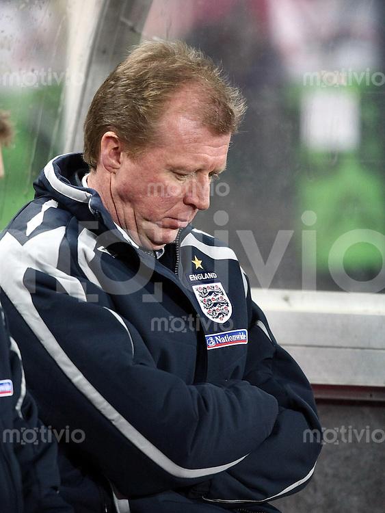 Fussball International Testspiel  Oesterreich - England ENG Trainer Steve McLaren enttaeuscht