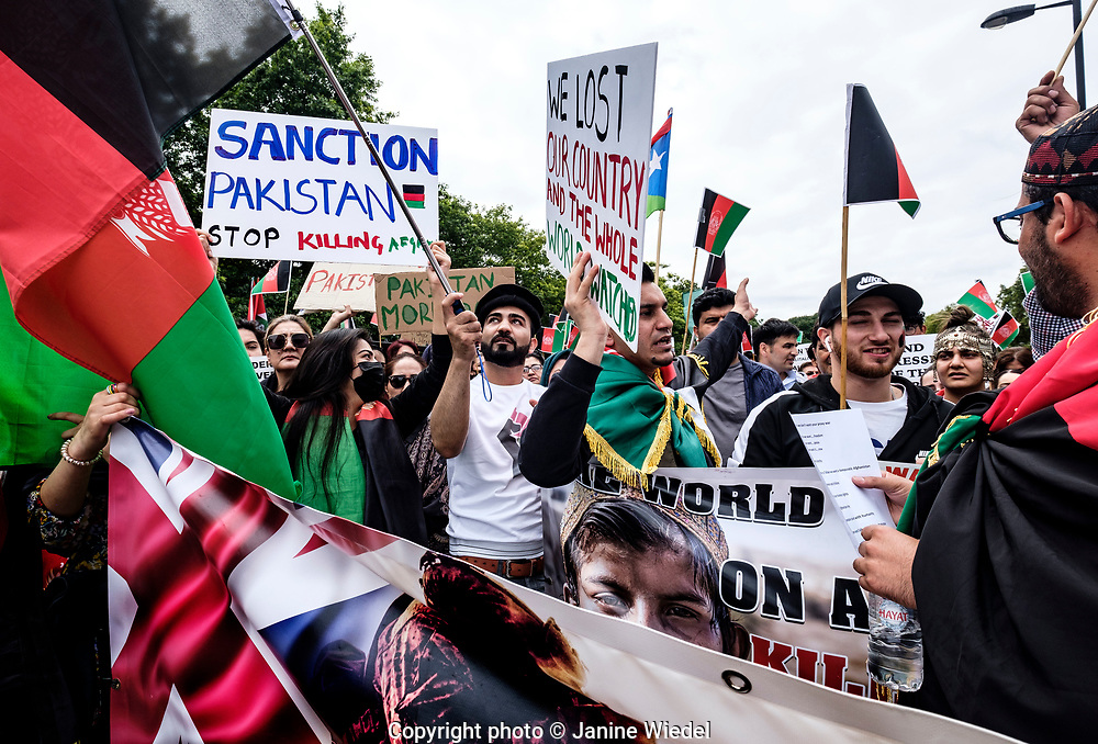 Hundreds of Anti-Taliban Afghans marched through Central London  feeling betrayed by the US and UK withdrawal from Afghanistan. leaving the Taliban in charge.  They were asking for: an end to the proxy war, a stop to the killings and sanctions against Pakistan. 28.08.2021