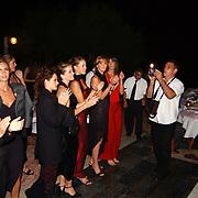 Miss Nederland 2003 reis Turkije, diner aan zee, hotel, alle missen gefilmd door Jan Mennen