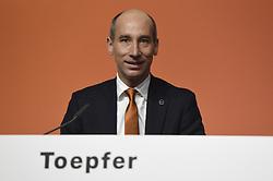 Germany, Bonn  -  April 13, 2018.Annual press conference of  Covestro AG  .Thomas Toepfer (Credit Image: © Sepp Spiegel/Ropi via ZUMA Press)