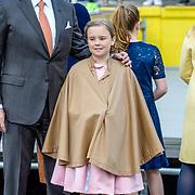 NLD/Tilburg/20170427- Koningsdag 2017, Koning Willem Alexander met prinses Ariane