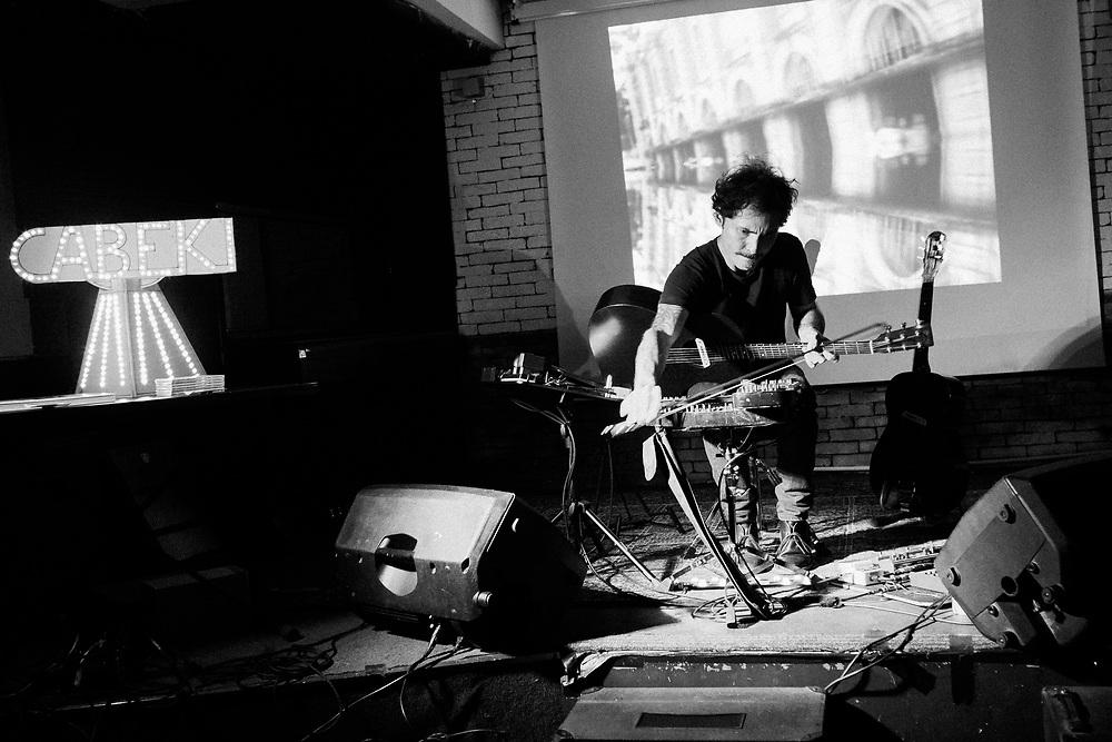Andrea Faccioli (Cabeki) live at Cellar Theory. Naples, Italy. 2016.