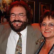 Corrie Konings 35 jaar in vak, Arie Ribbens en vrouw Cea