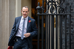 © Licensed to London News Pictures. 06/11/2018. London, UK. Secretary of State for Exiting the European Dominic Raab leaving 10 Downing Street after attending a Cabinet meeting this morning. Photo credit : Tom Nicholson/LNP