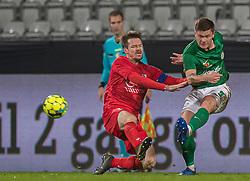 Nikolaj Hansen (FC Helsingør) og Sebastian Grønning (Viborg FF) under kampen i 1. Division mellem Viborg FF og FC Helsingør den 30. oktober 2020 på Energi Viborg Arena (Foto: Claus Birch).