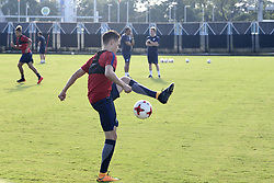 October 10, 2017 - Kolkata, West Bengal, India - Players of the England football team during a practice session ahead of their second match at FIFA U 17 World Cup India 2017 on October 10, 2017 in Kolkata. (Credit Image: © Saikat Paul/Pacific Press via ZUMA Wire)