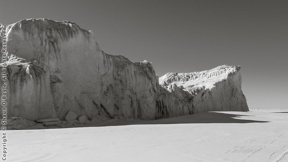 Iceberg on route to Cape Bernacchi dive site