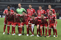 SHANGHAI, July 19, 2017  Starting players of Bayern Munich pose for photo prior to the match between Arsenal and Bayern Munich of 2017 International Champions Cup China in Shanghai, China, July 19, 2017. (Credit Image: © Jia Yuchen/Xinhua via ZUMA Wire)