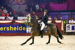 Van der Straten Cindy - Melodie des Rottes<br /> CSI Mechelen 2006<br /> Photo © Hippofoto