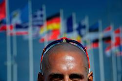 05-08-2012 WATERSPORT: OLYMPISCHE SPELEN 2012 RX-S MEDAL: WEYMOUTH<br /> Dorian van Rijsselberghe, de windsurfer kan het goud bij de Olympische Spelen niet meer mislopen.<br /> ©2012-FotoHoogendoorn.nl