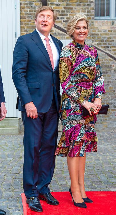 Koning Willem-Alexander en koningin Maxima tijdens een themadiner Veranderend Platteland in Potsdam, Duitsland, op de tweede dag van het 3-daags bezoek aan de Duitse deelstaten Mecklenburg-Voor-Pommeren en Brandenburg.