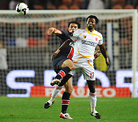Fotball<br /> Frankrike<br /> Foto: DPPI/Digitalsport<br /> NORWAY ONLY<br /> <br /> FOOTBALL - UEFA CUP 2008/2009 - 1ST ROUND - 2ND LEG - 02/10/2008 - PARIS SG v KAYSERISPOR - JULIUS AGHAHOWA (KAY) / CEARA (PSG)