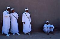 Maroc - Haut Atlas - Vallée du Dadès - El Kelaâ M'Gouna - Fête des Roses - Musiciens