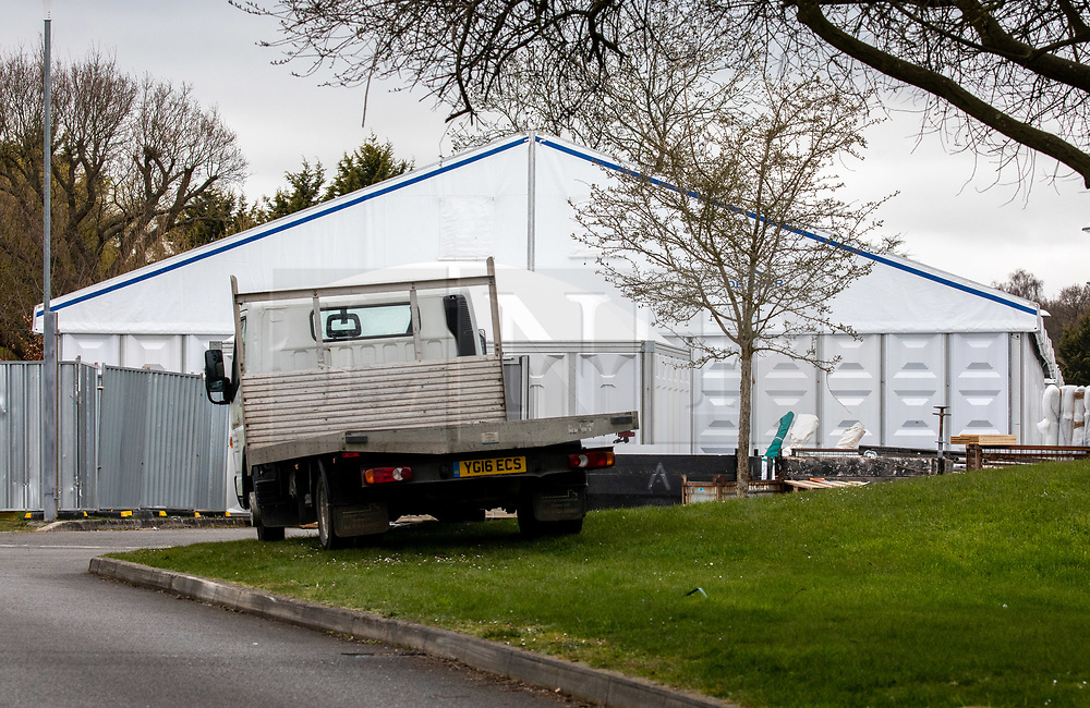 © Licensed to London News Pictures. 30/03/2020. London, UK. New tents go up at Breakspear Crematorium in Ruislip, Hillingdon as Chief aide Dominic Cummings goes into self-isolation after Prime Minister Boris Johnson and Health Secretary Matt Hancock revealled last week that they had contracted coronavirus and are in quarantine as the coronavirus crisis continues. Photo credit: Alex Lentati/LNP