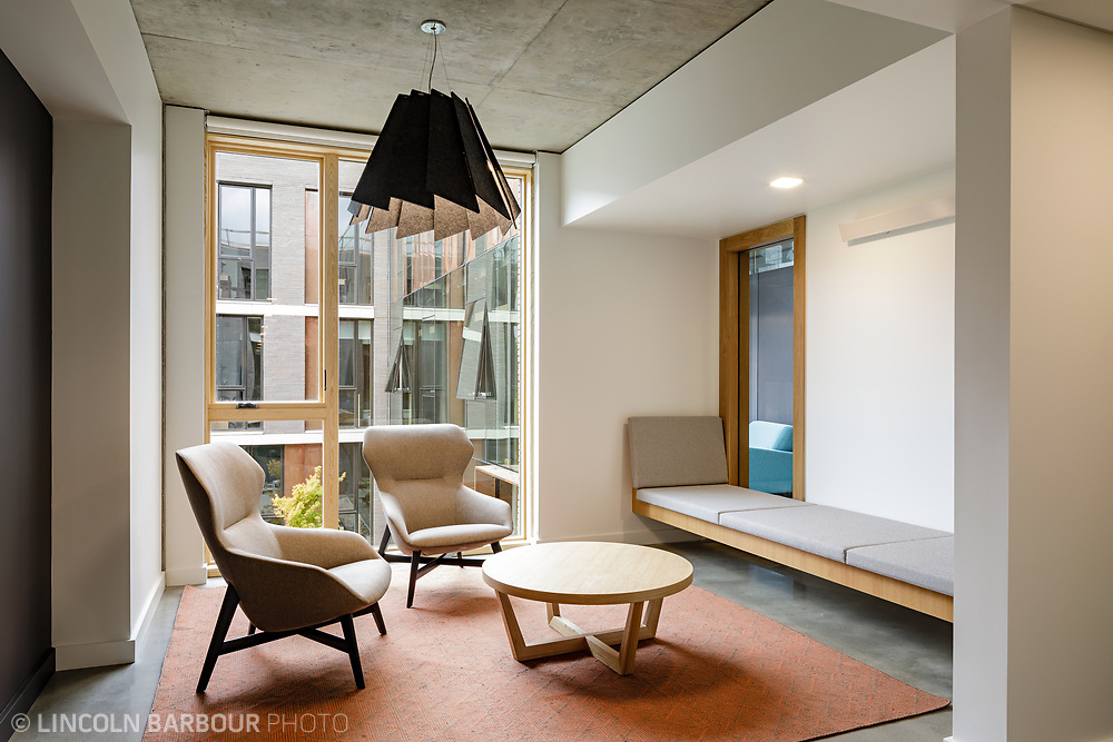 A corner nook space in Trillium Residence Hall at Reed College.